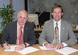 Jonathan Wickert, Dieter Leonhard