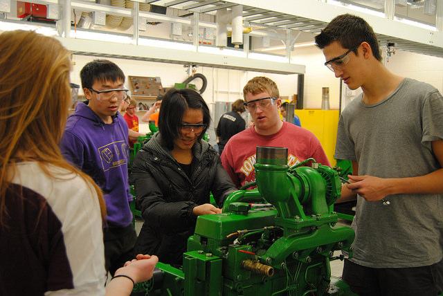 Undergraduate students work in ABE 110 - Diesel Engine Lab