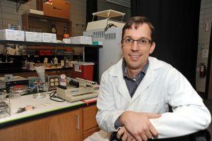 Dr. ian Schneider in lab