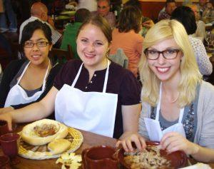 Students eating in Spain