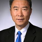Hongwei Xin receives ASABE McCormick Case Gold Medal