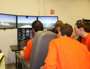 Students with flight simulation