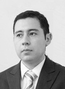 Black and white headshot of Hugo N. Villegas Pico